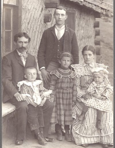 1899 Eccher Family